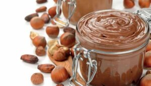 Hazelnut cream: find the difference!